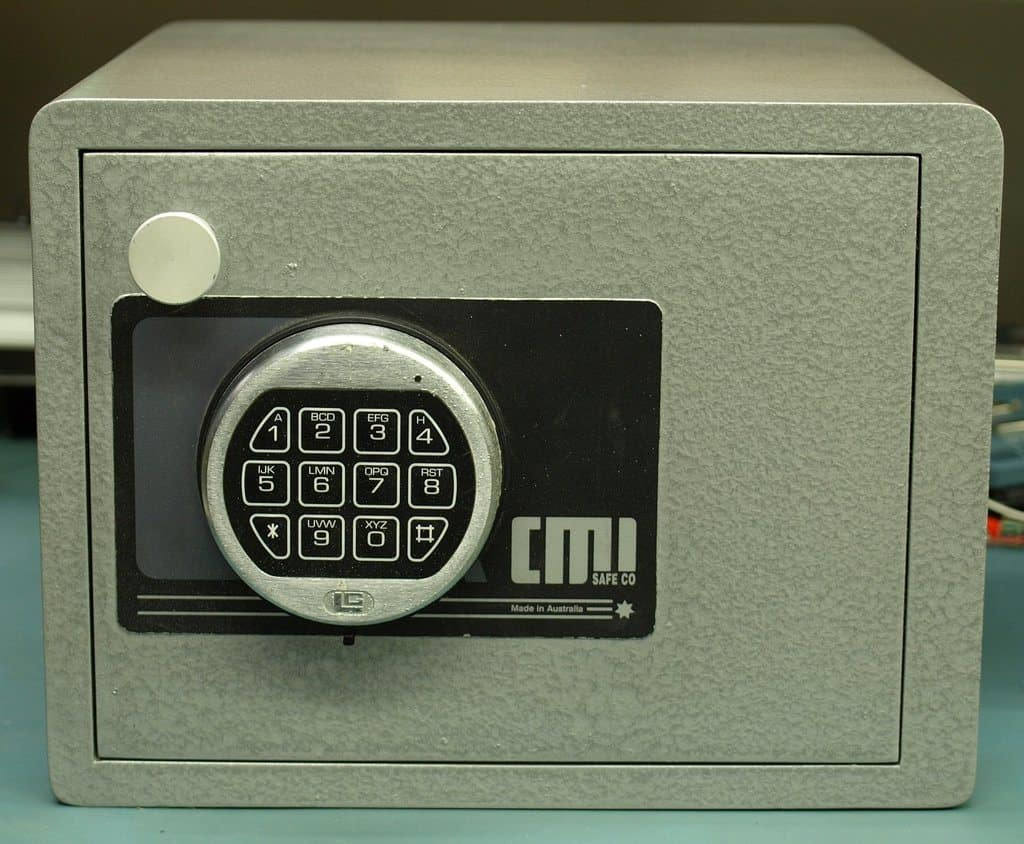 Green metal gun safe