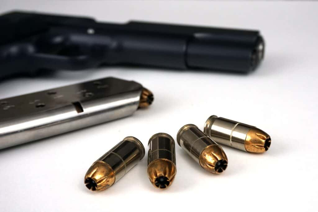 Reloading a .40 S&W ammo