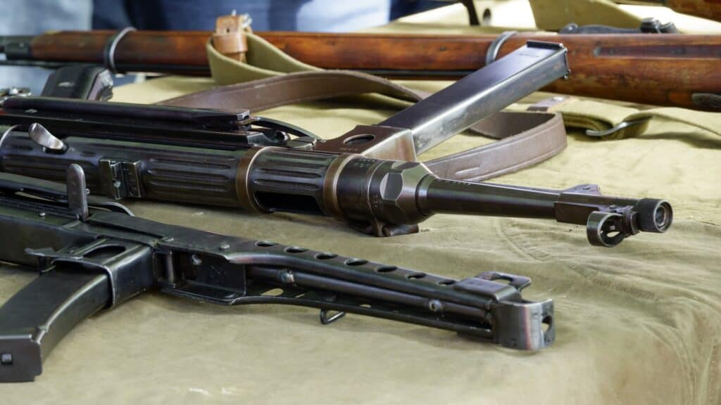 Various types of gun on the table