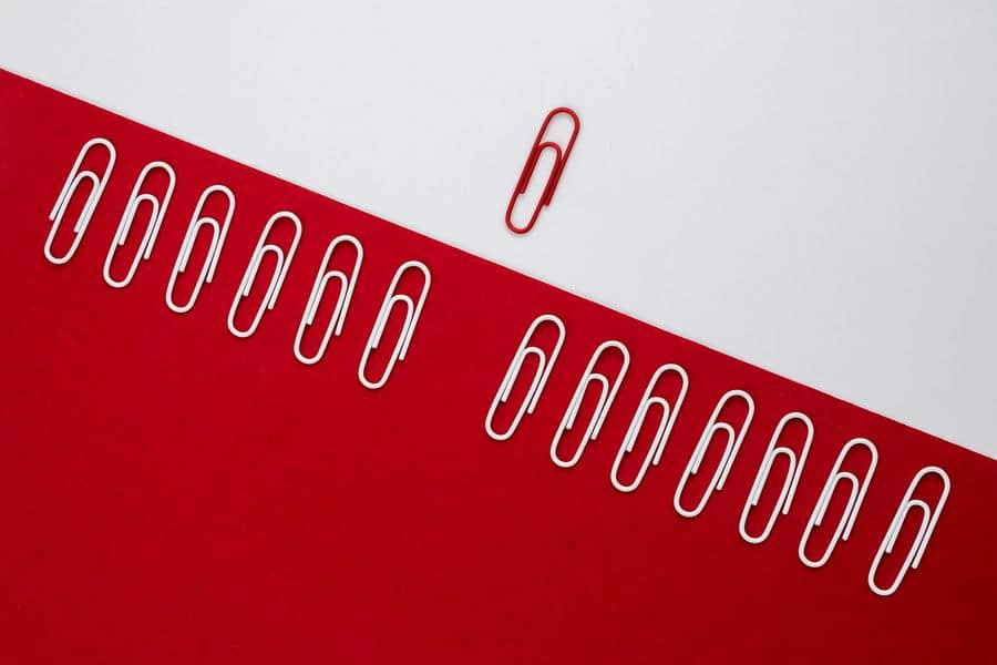 Paperclips lined up